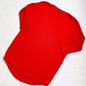 EXPRESS • ¾ SLEEVE RIBBED VNECK SWEATER BRIGHT RED